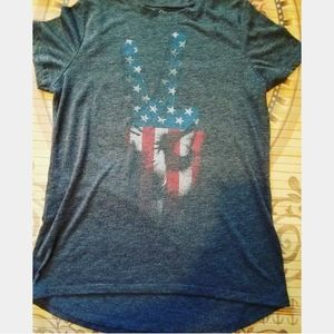 LOL Vintage distressed American flag peace tee